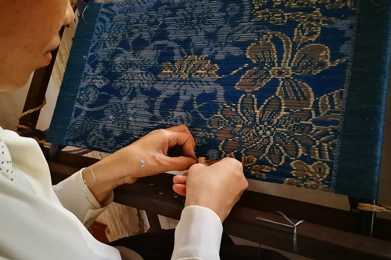 Khmer Golden Silk Vintage Weaving