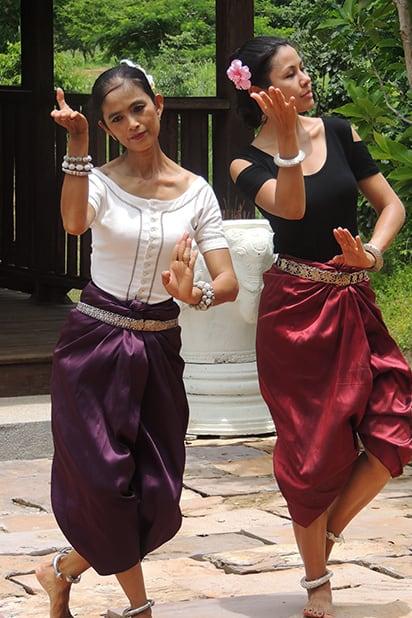 Khmer Traditional Dance at Golden Silk